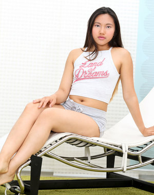 Asian hottie Mai Thai wants to show you the.. Pics