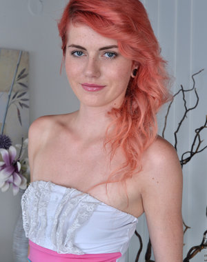 Redhead Anna Swix may look sweet and innocent,.. Pics